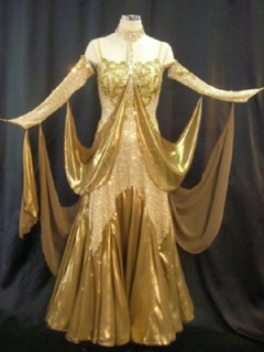 dnc_golddress1