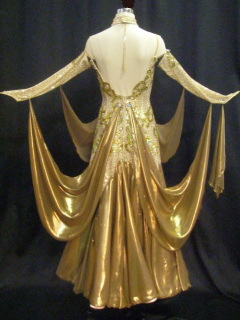 dnc_golddress3